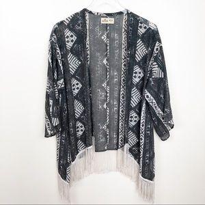 HOLLISTER l Fringe Kimono